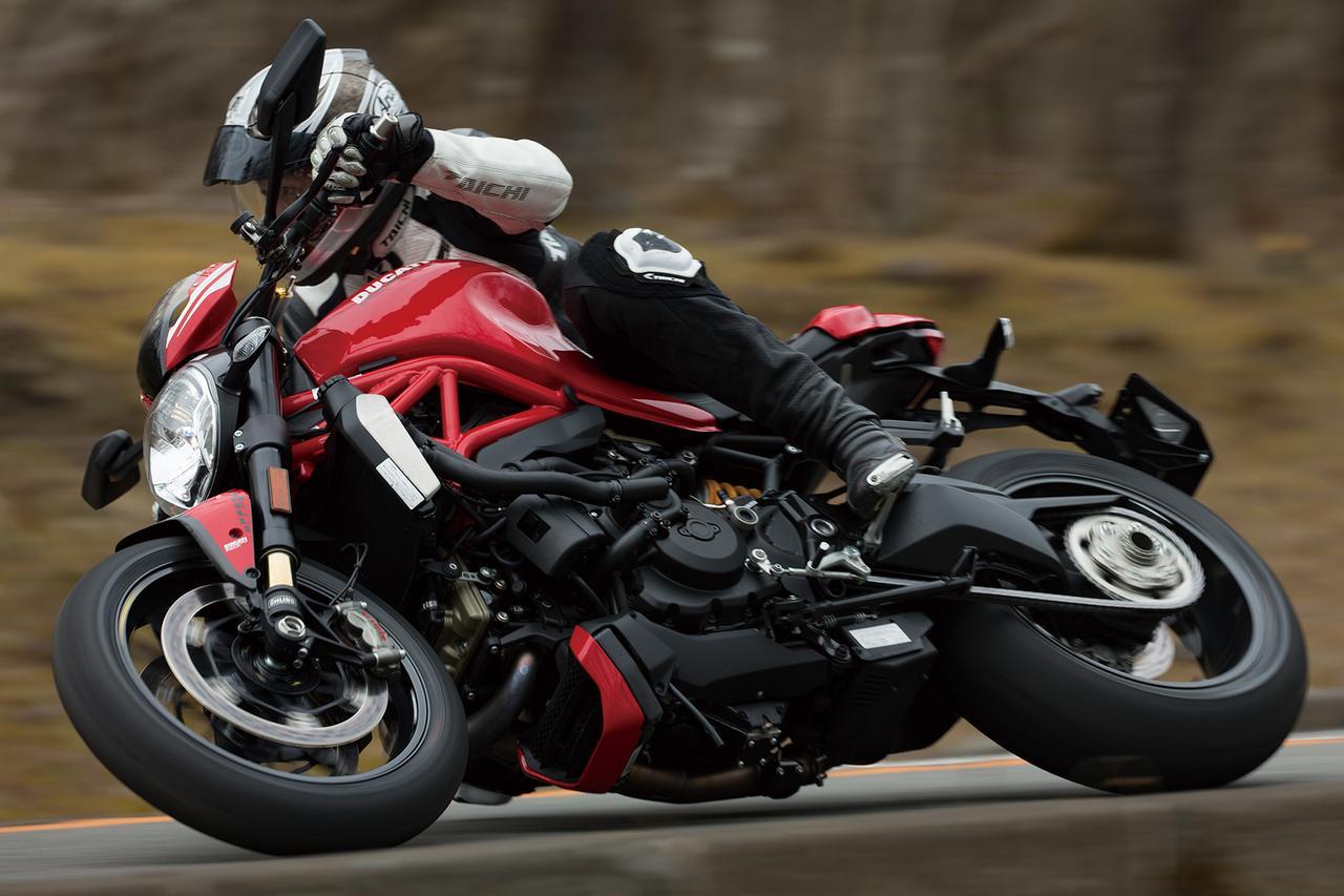 Images : 2番目の画像 - 「美を極めたイタリアン・モンスター【DUCATI Monster 1200/821】(2015年)」のアルバム - webオートバイ