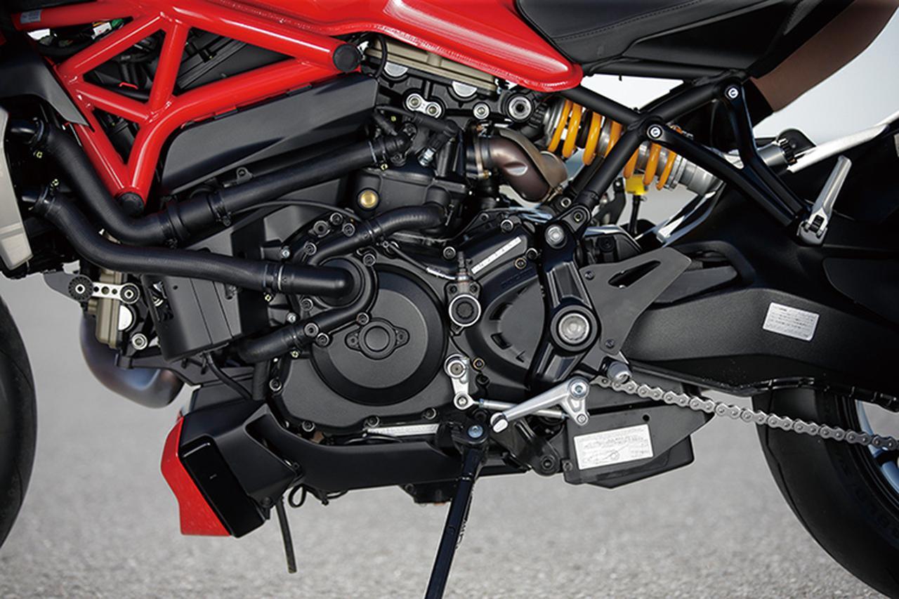 Images : 6番目の画像 - 「美を極めたイタリアン・モンスター【DUCATI Monster 1200/821】(2015年)」のアルバム - webオートバイ