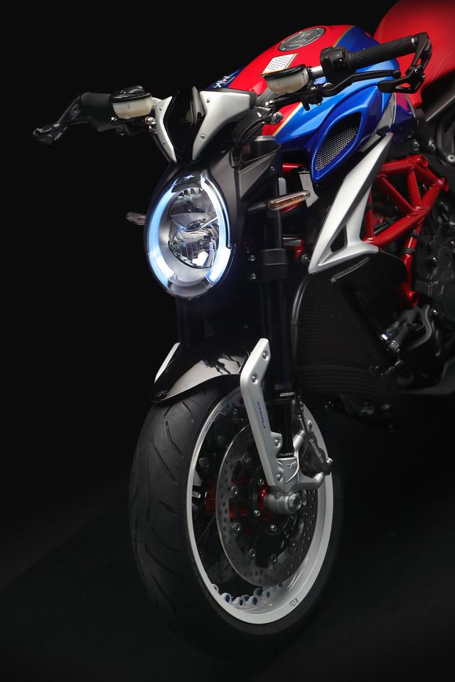 画像4: メーカー希望小売価格は247万3,200円(税込)、発売予定は2019年2月です。