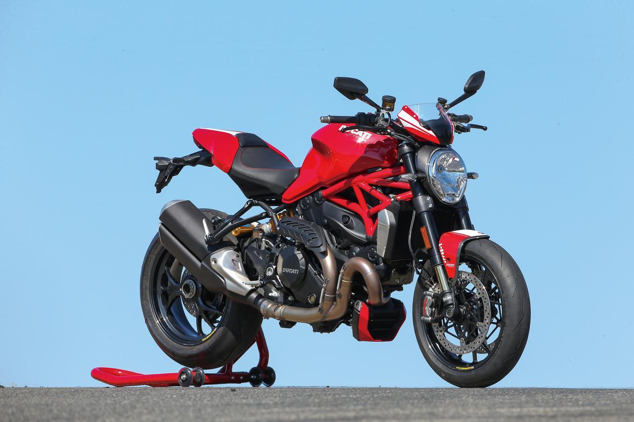 """Images : 3番目の画像 - 「史上最強160HP!かつてない""""強心臓""""のモンスター、発進!【DUCATI Monster1200R】(2015年)」のアルバム - LAWRENCE - Motorcycle x Cars + α = Your Life."""
