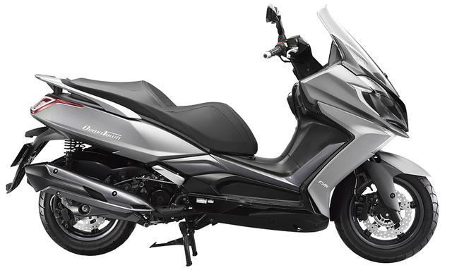 画像2: もっともラグジュアリーな125スクーターを目指して開発された意欲作的ニューモデル