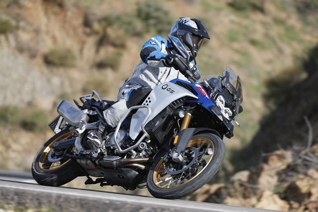 画像4: 2月13日発売開始! 新型「BMW F 850 GS Adventure」は550kmの航続走行が可能!?