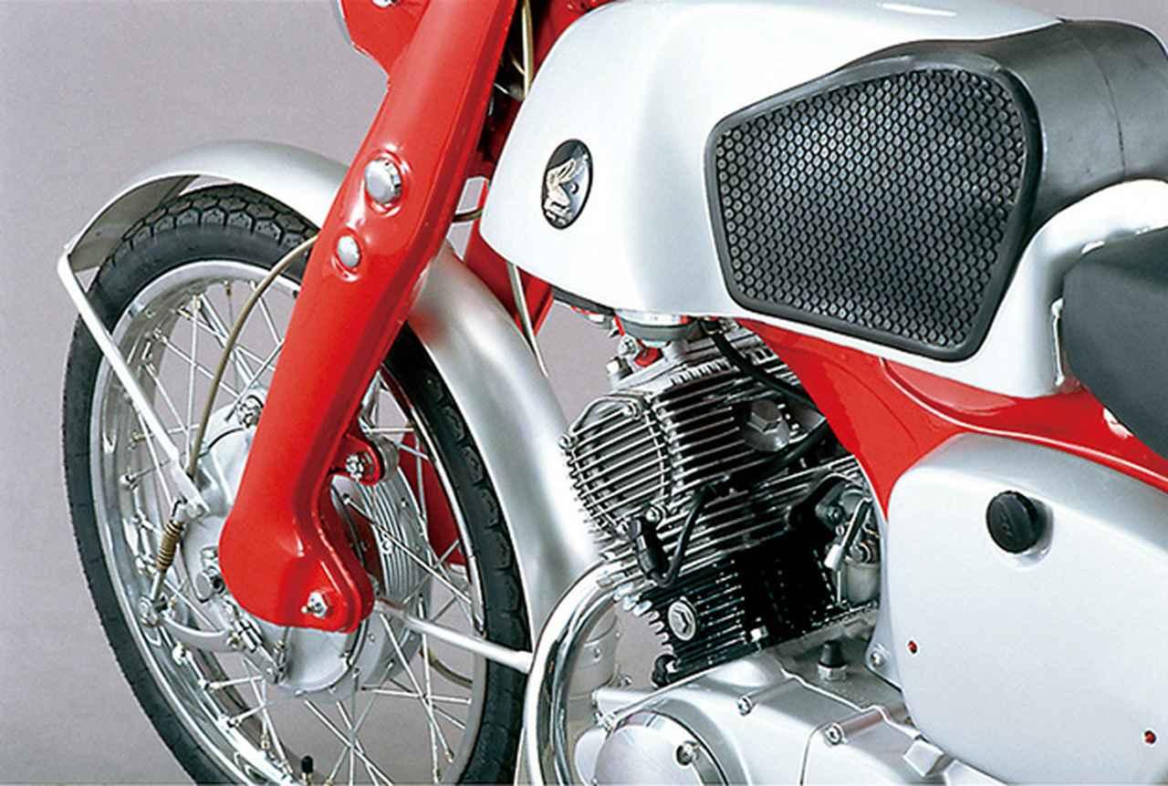 Images : 2番目の画像 - 「ルーツ the CB 〜各クラスのファーストCBたち〜 #CB THE ORIGIN」のアルバム - webオートバイ