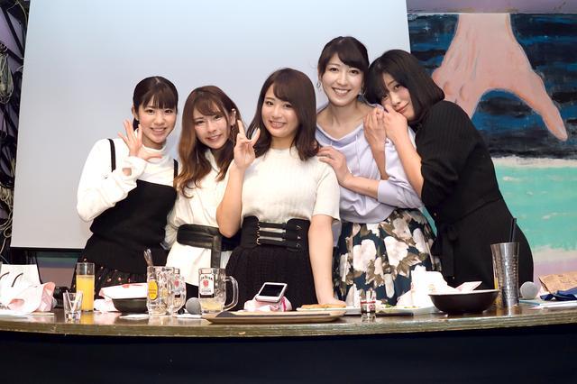 画像2: 左から梅本まどかさん、葉月美優さん、平嶋夏海さん、大関さおりさん、国友愛佳さん
