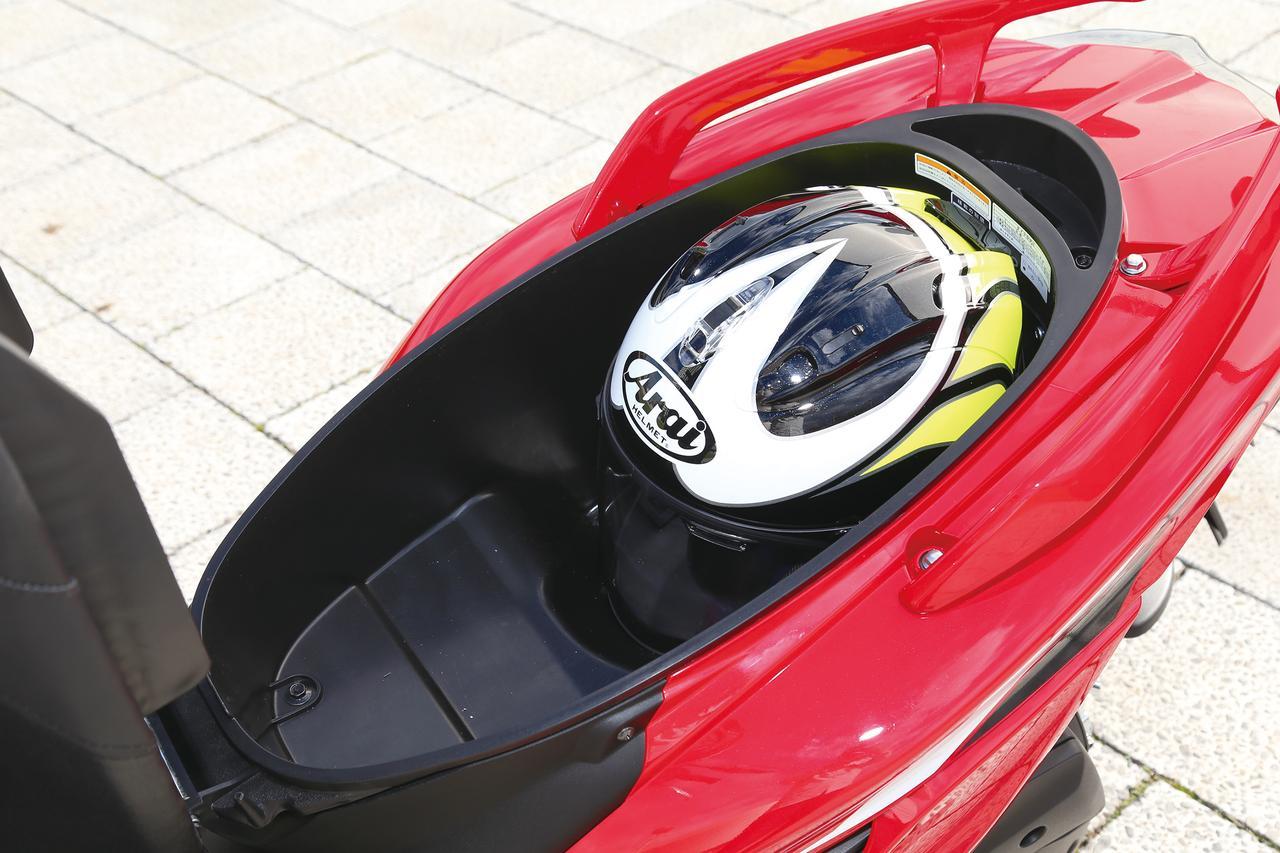 Images : 11番目の画像 - 「精悍マスクに生まれ変わった定番スポーツスクーター『YAMAHA CYGNUS X』#試乗インプレ」のアルバム - webオートバイ