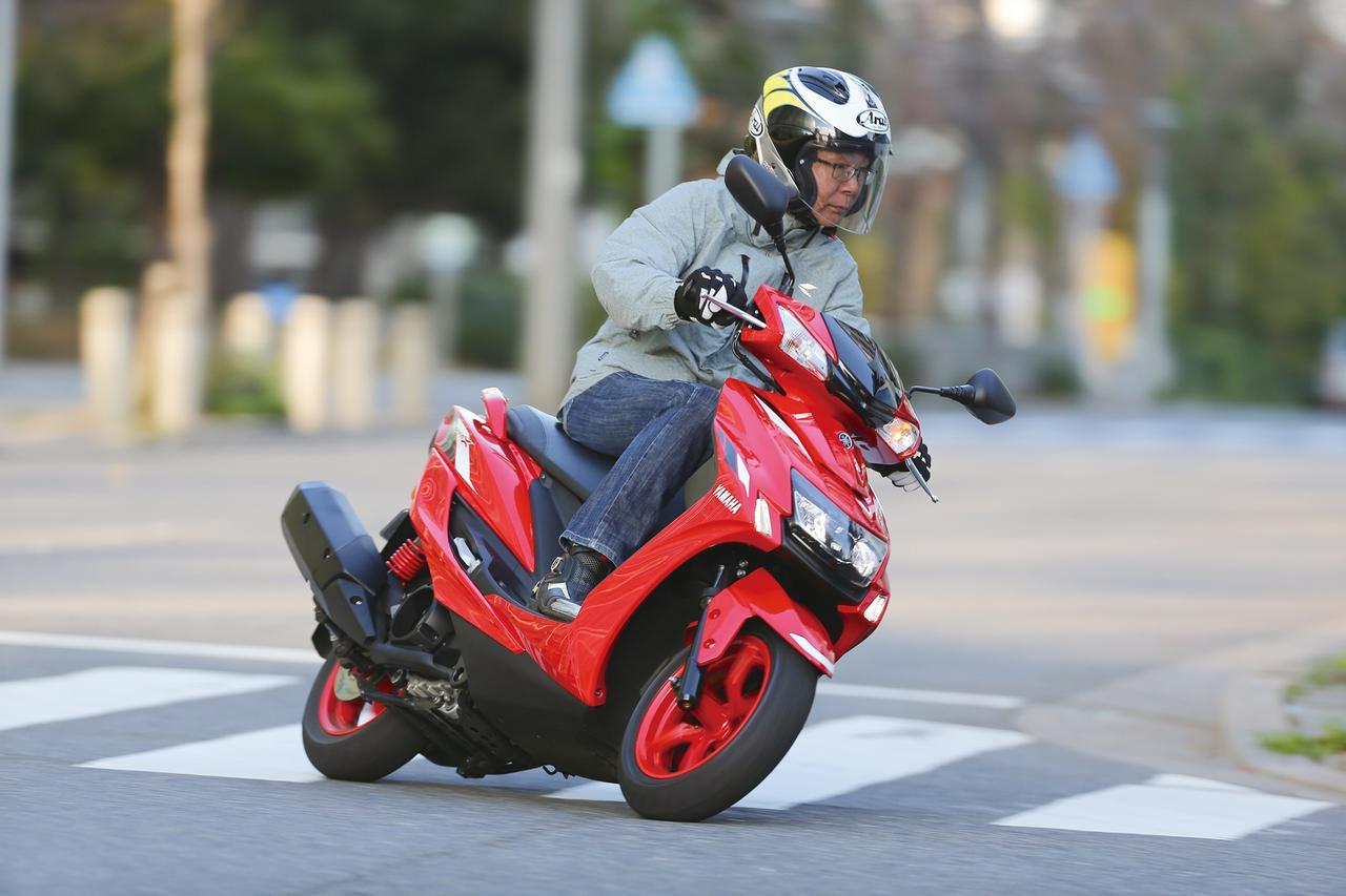 Images : 4番目の画像 - 「精悍マスクに生まれ変わった定番スポーツスクーター『YAMAHA CYGNUS X』#試乗インプレ」のアルバム - webオートバイ