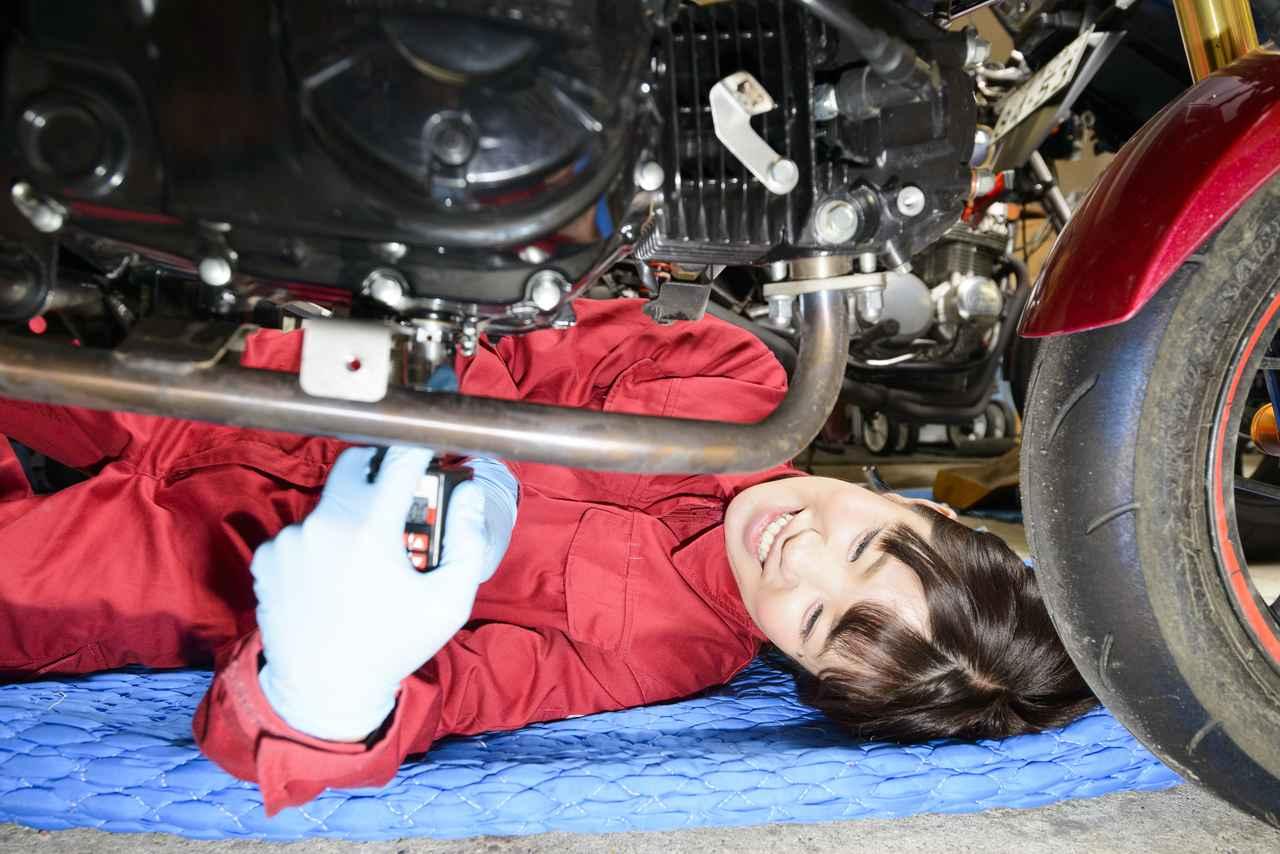 "Images : 7番目の画像 - 「""オートバイ女子部グロム""のエンジンオイル交換担当、梅本まどかです!」のアルバム - webオートバイ"