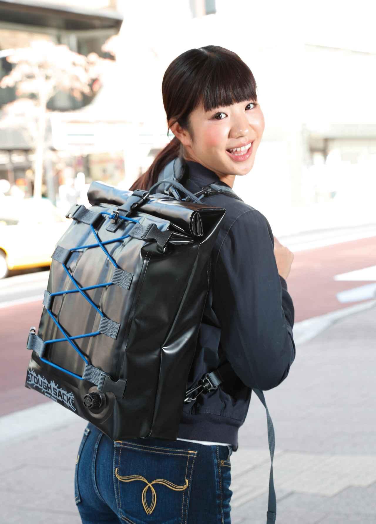 Images : 1番目の画像 - 「リュック&シートの2WAY防水バッグ『TANAX PITGEAR タフザックSQ15 MFK-255』#GEARS TEST(2019年)」のアルバム - webオートバイ