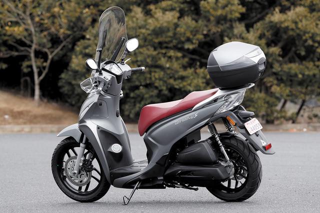 画像4: 欧州で主流の大径タイヤを装備したスクーター。その乗り心地とは?