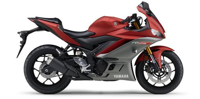 画像19: ヤマハ新型YZF-R25は3月28日発売開始! 「YZR-M1」を彷彿させるスポーティな外観に一新!
