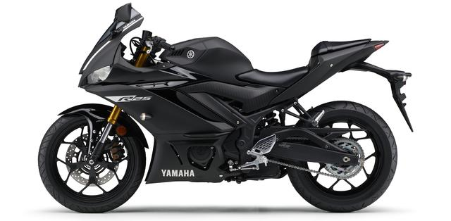 画像12: ヤマハ新型YZF-R25は3月28日発売開始! 「YZR-M1」を彷彿させるスポーティな外観に一新!