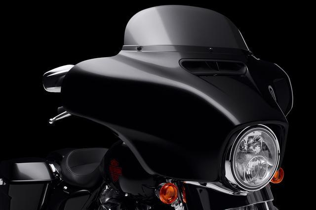 画像2: カラーはビビッドブラック1色の展開で、メーカー希望小売価格は税込290万5,200円です。