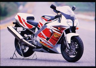 YAMAHA YZF750 SP(1995)