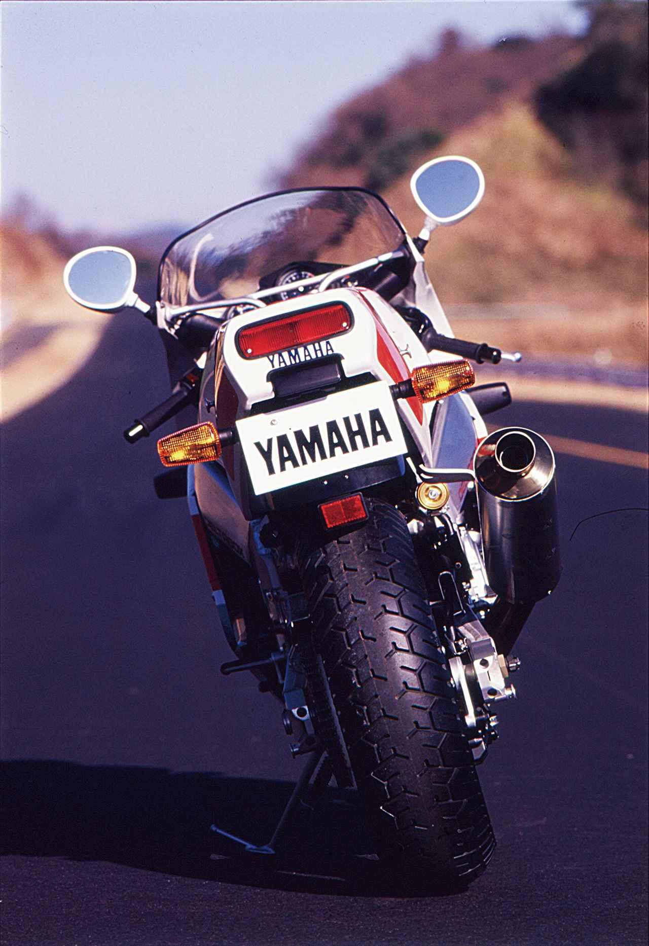 Images : 6番目の画像 - 「8耐を連覇したYZFを再現し、RC30と真っ向勝負のオーダブリュー・ゼロイチ『YAMAHA FZR750R [OW01]』【名車図鑑】」のアルバム - webオートバイ