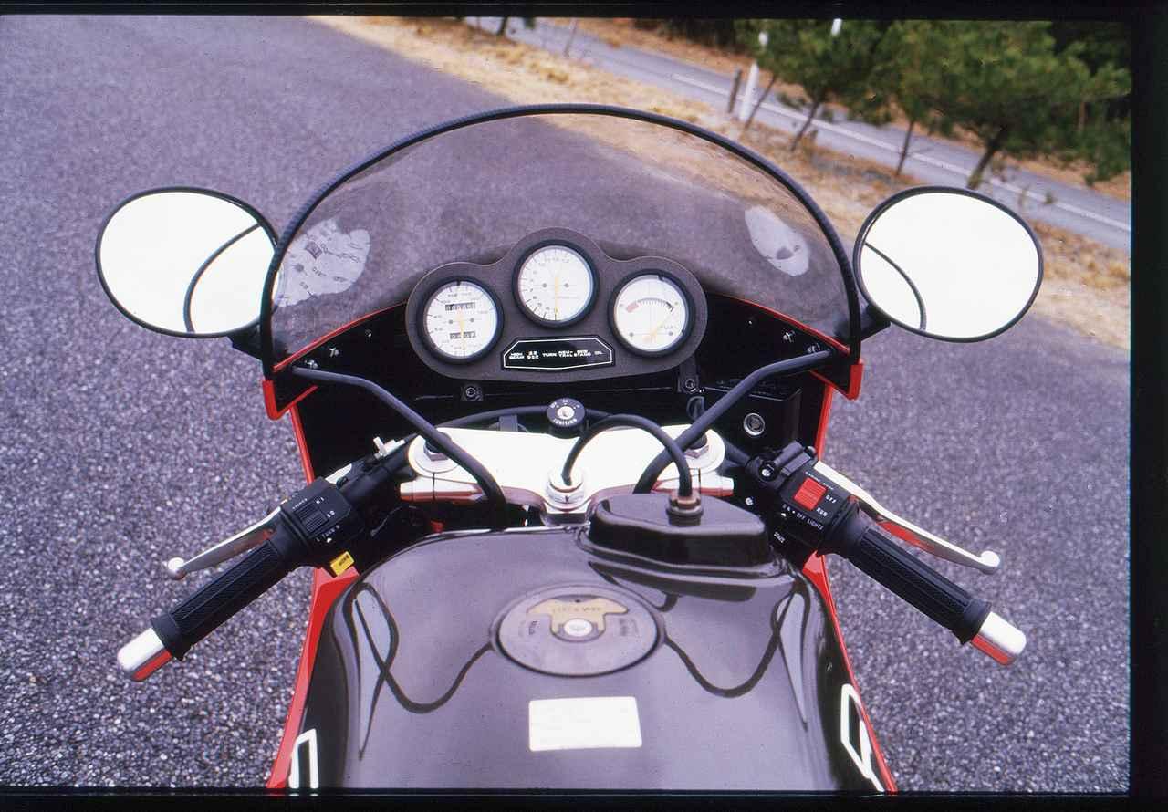 Images : 5番目の画像 - 「【名車図鑑】初めて100万円超えの国産車は市販車初の乾式クラッチを採用『SUZUKI GSX-R750R(1985年)』」のアルバム - webオートバイ