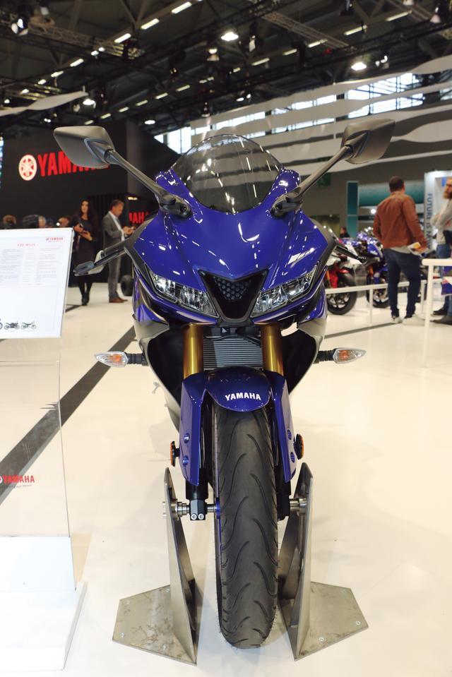 画像1: 最新のYZF-Rシリーズのスタイルに15PSを発揮するエンジンを搭載