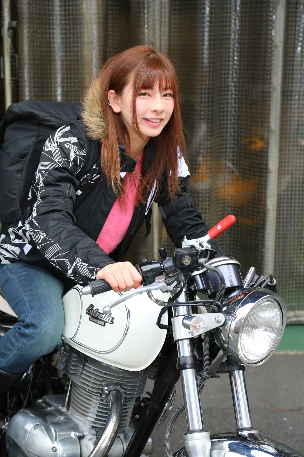 Images : 2番目の画像 - 「ピッタリのハンドルが見つかるかも! ハリケーンの体験車両で楽しもう!【大阪モーターサイクルショー2019】」のアルバム - webオートバイ