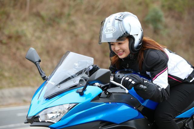 画像22: 平嶋夏海の「つま先メモリアル」 (第2回:KAWASAKI Z650、Ninja650)