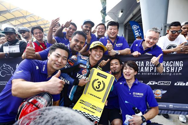 画像: 開幕戦レース2で表彰台獲得。ヨシヨシ、幸先いいぞユウキ