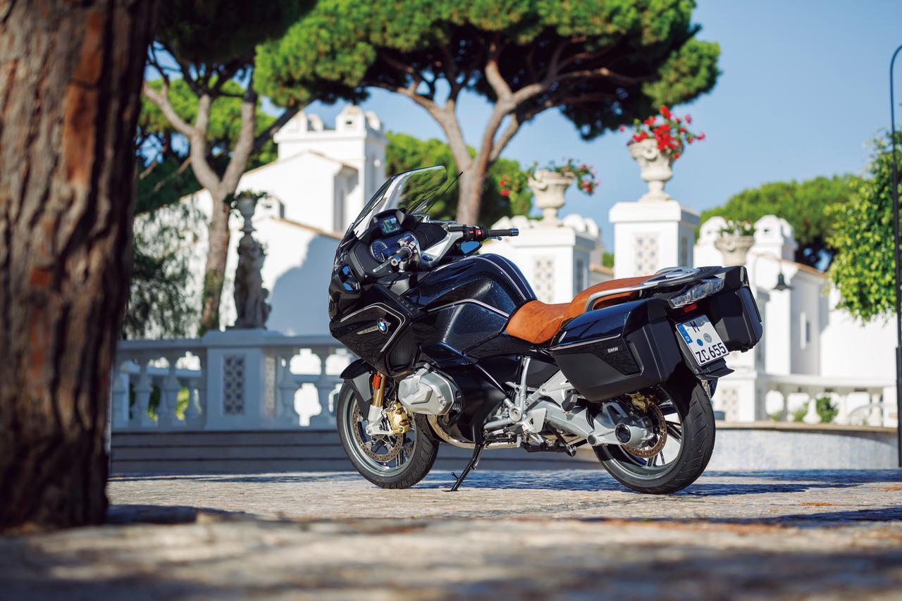 Images : 3番目の画像 - 「伝統のフラットツインを大幅に改良したツーリングモデルの最高峰『BMW R1250RT』」のアルバム - webオートバイ