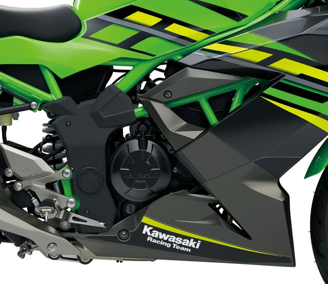 画像: 125ccの水冷単気筒エンジンはDOHC4バルブを採用、フレキシブルな特性と力強さを両立させたスポーティなもの。フレームは250SLゆずりのスチール製トレリスフレームだ。