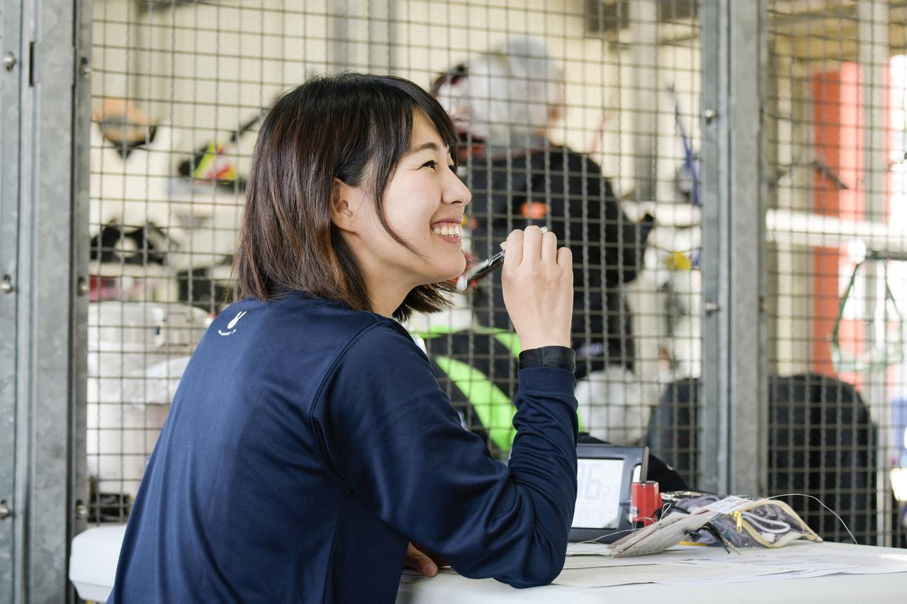 Images : 6番目の画像 - 「いよいよ大阪モーターサイクルショー始まります!「女子部ロンT」を初の一般販売! 『Motoジム!』『バイク擬人化菌書』のサイン本も!」のアルバム - webオートバイ