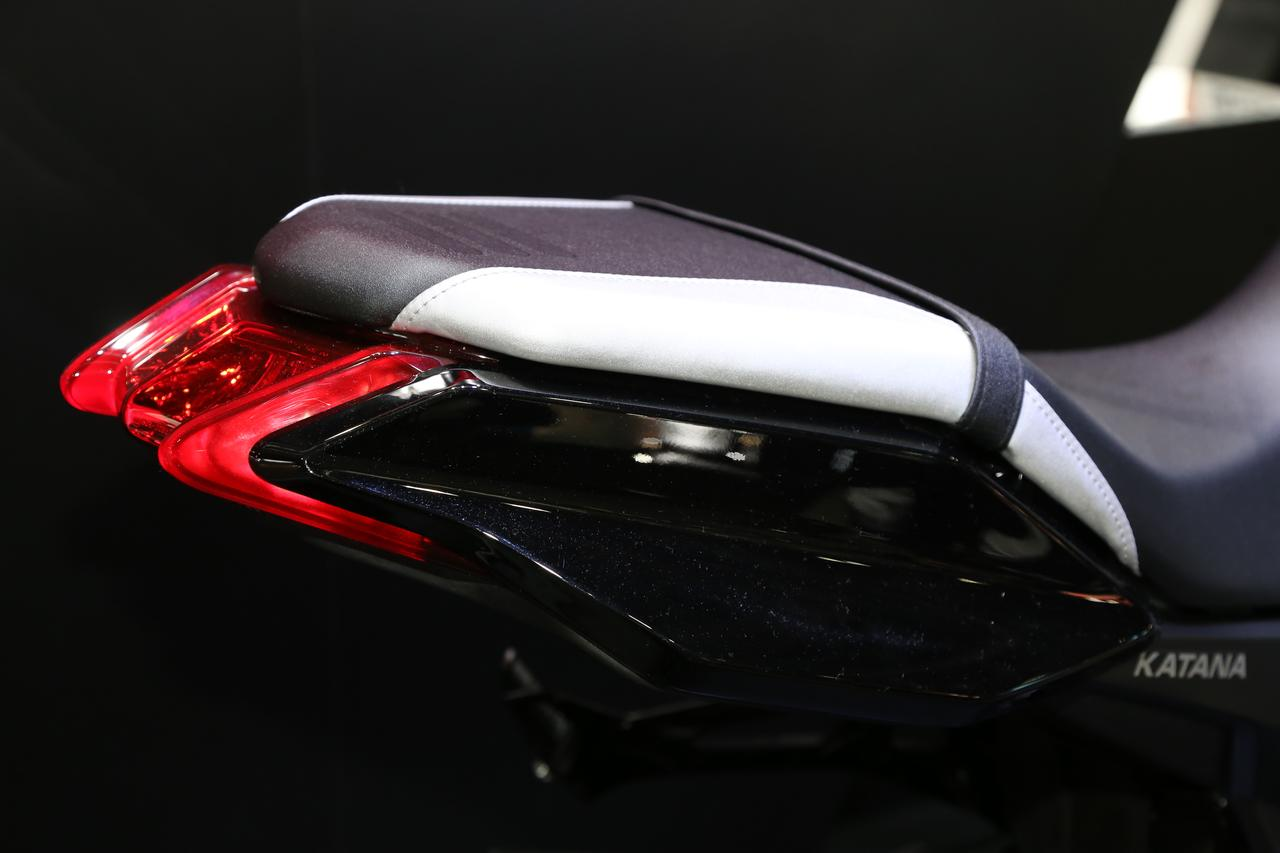 Images : 3番目の画像 - 新型KATANAの各部をチェック! - LAWRENCE - Motorcycle x Cars + α = Your Life.