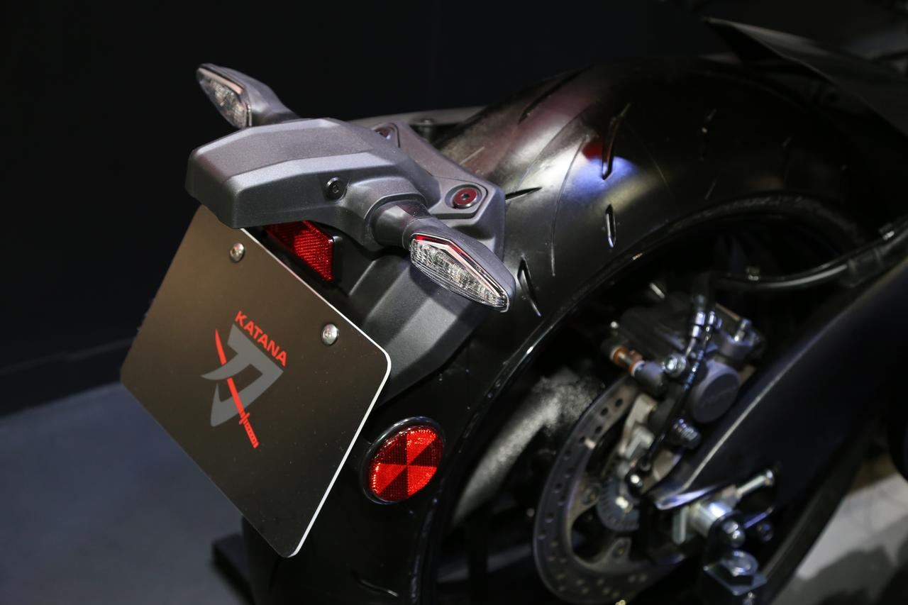 Images : 4番目の画像 - 新型KATANAの各部をチェック! - LAWRENCE - Motorcycle x Cars + α = Your Life.