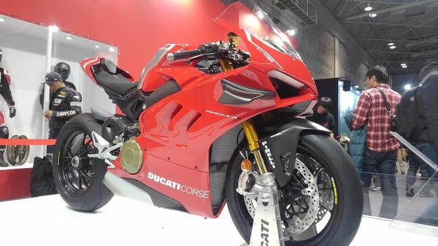 画像: ドゥカテイブースの主役はパニガーレ V4 R【大阪モーターサイクルショー2019】 - webオートバイ