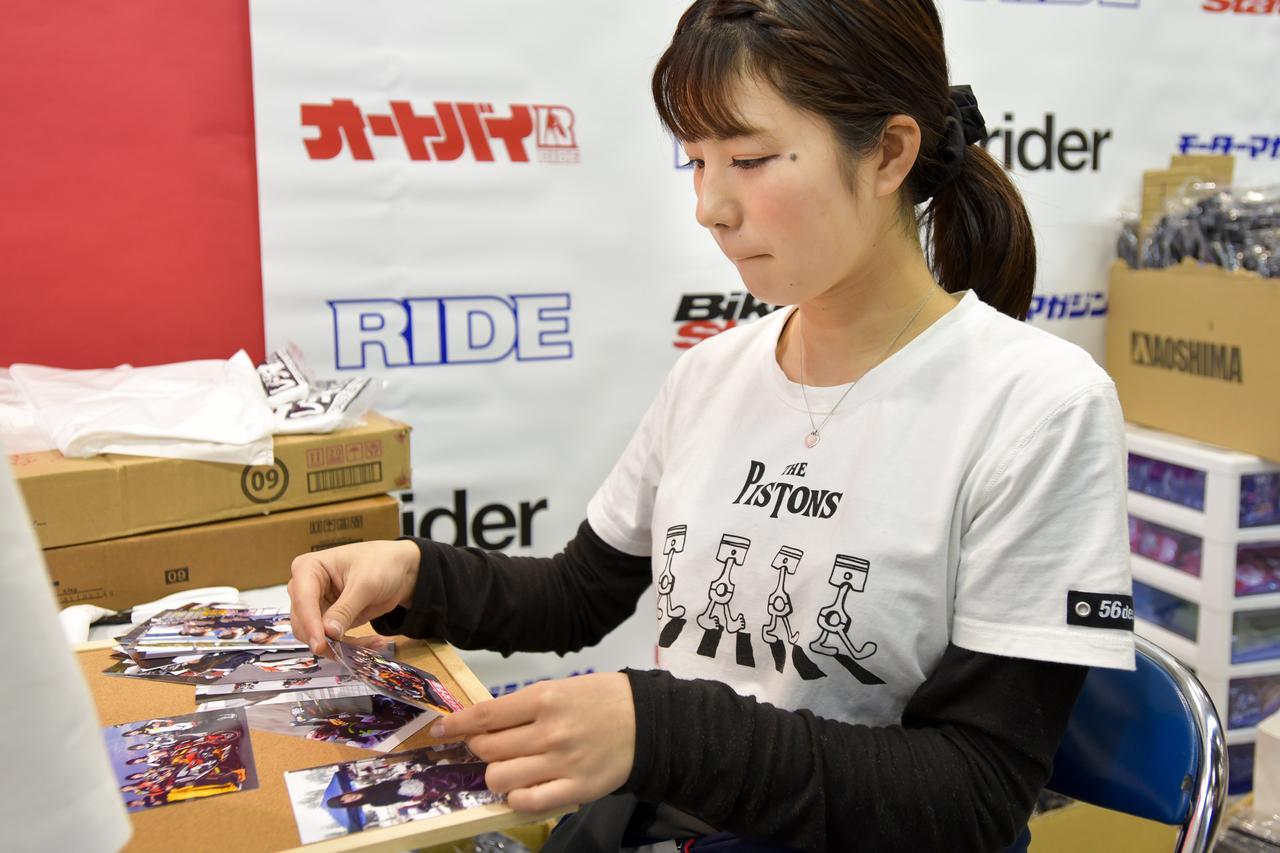 画像4: 初公開のオートバイ女子部オリジナルグッズも販売します!