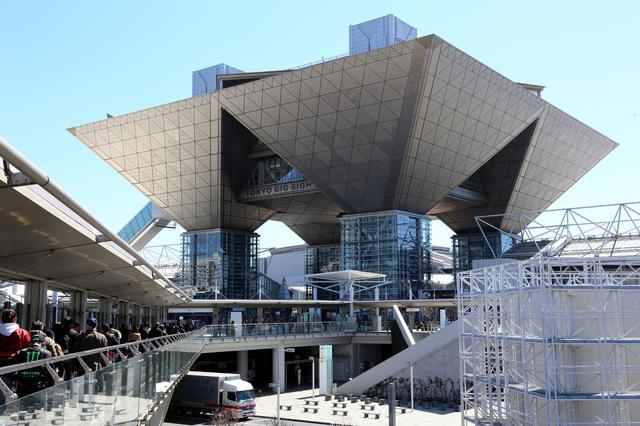 画像1: これを見れば今年の東京モーターサイクルショーがだいたい分かる!? 取り囲むように人だかりができていた車両を厳選して紹介します!