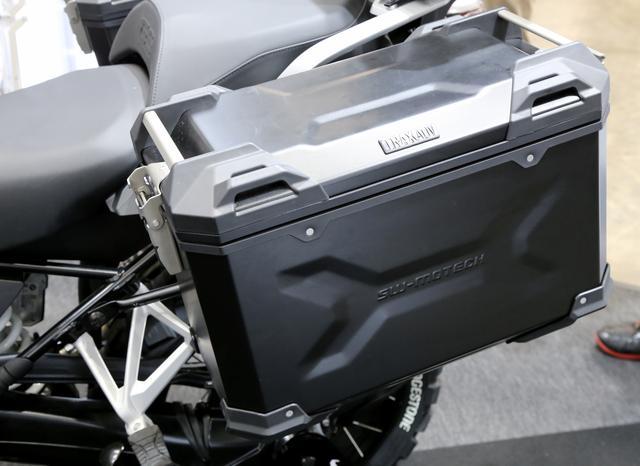 画像4: ⑤王道のパニアケース・スタイルがやっぱりGSには似合う! BMW R 1200 GS