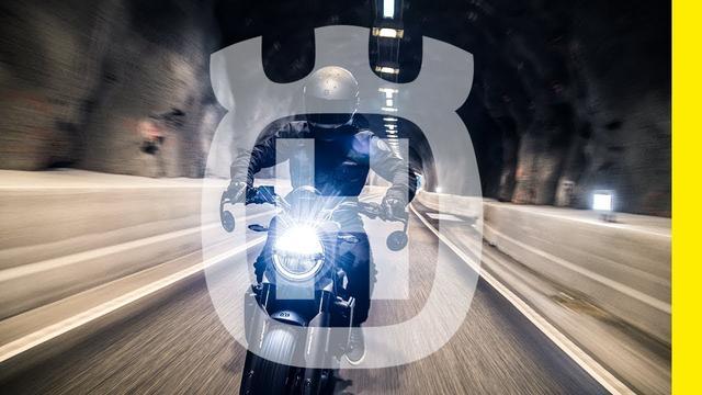 画像: 2019 SVARTPILEN 701 – Remember why you started | Husqvarna Motorcycles youtu.be