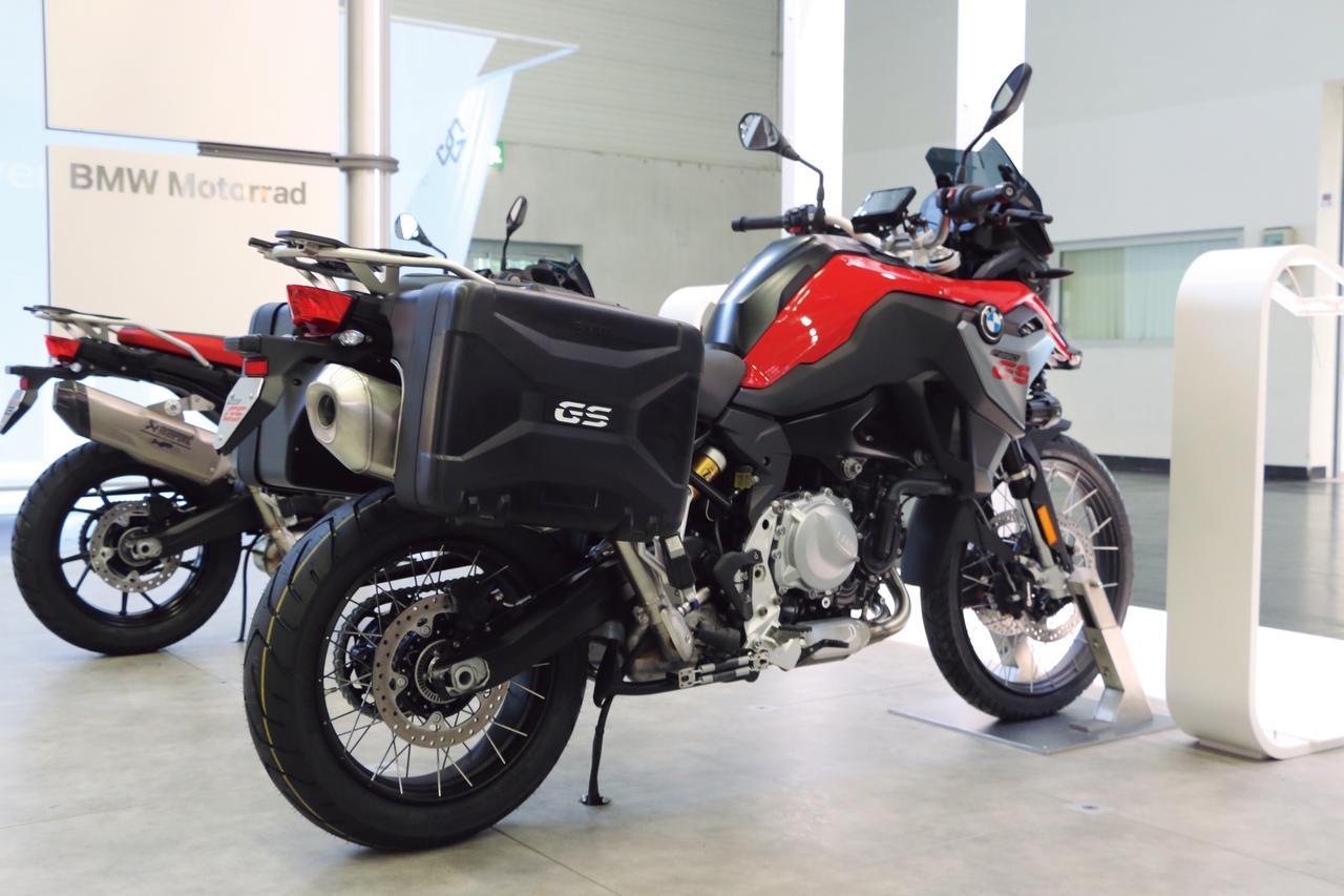Images : 2番目の画像 - 「「750」と「850」は何が違う? BMWのミドルアドベンチャーはここに注目!『BMW F850GS』」のアルバム - webオートバイ
