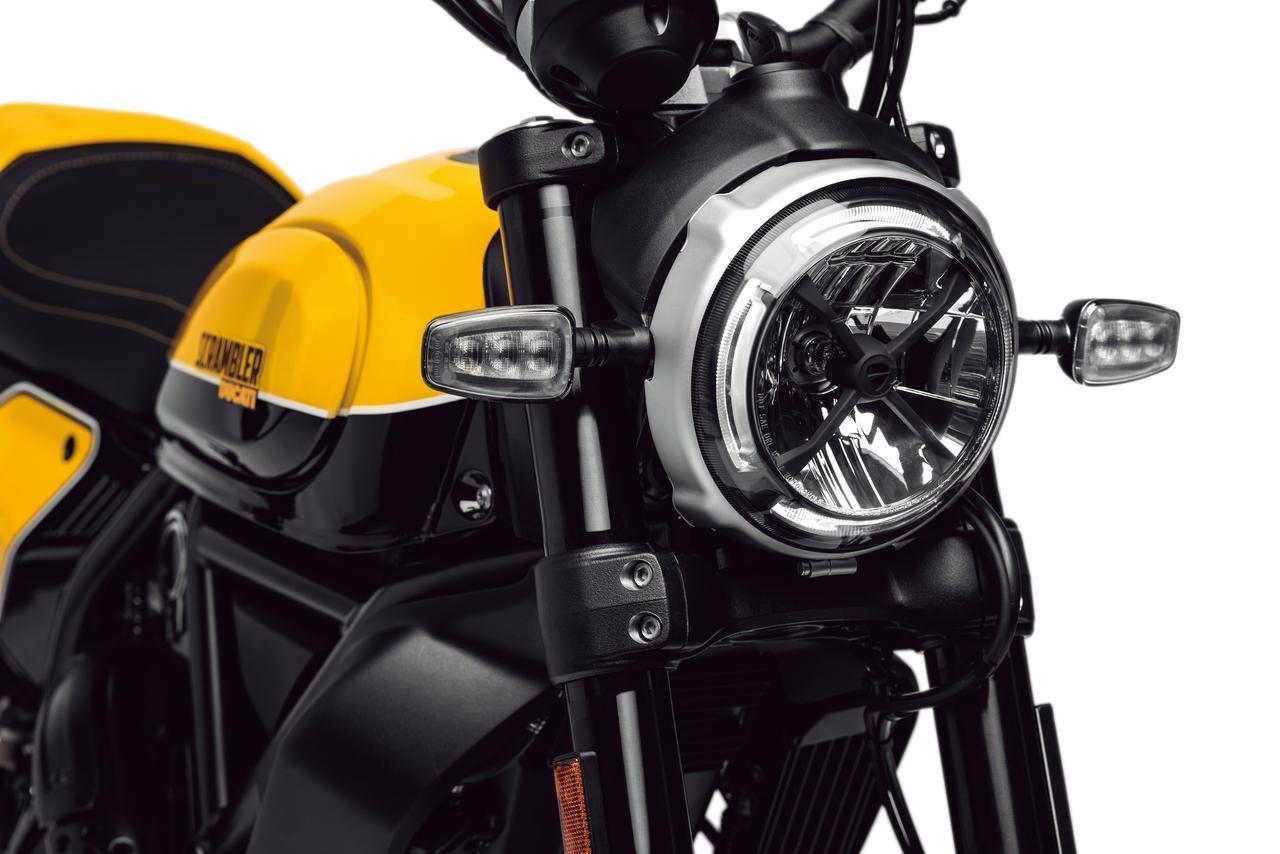 Images : 3番目の画像 - 「実戦で磨かれたフラットトラックスタイル! DUCATI SCRAMBLER「Full Throttle」が4月6日から店頭に並ぶ!」のアルバム - webオートバイ