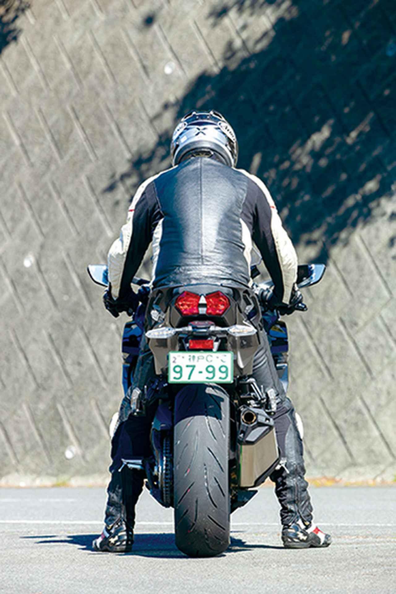 Images : 16番目の画像 - 「〝魔法の足〟を手に入れた極上のハイパフォーマンスツアラー!『KAWASAKI NINJA H2 SX SE+』(2019年)」のアルバム - LAWRENCE - Motorcycle x Cars + α = Your Life.