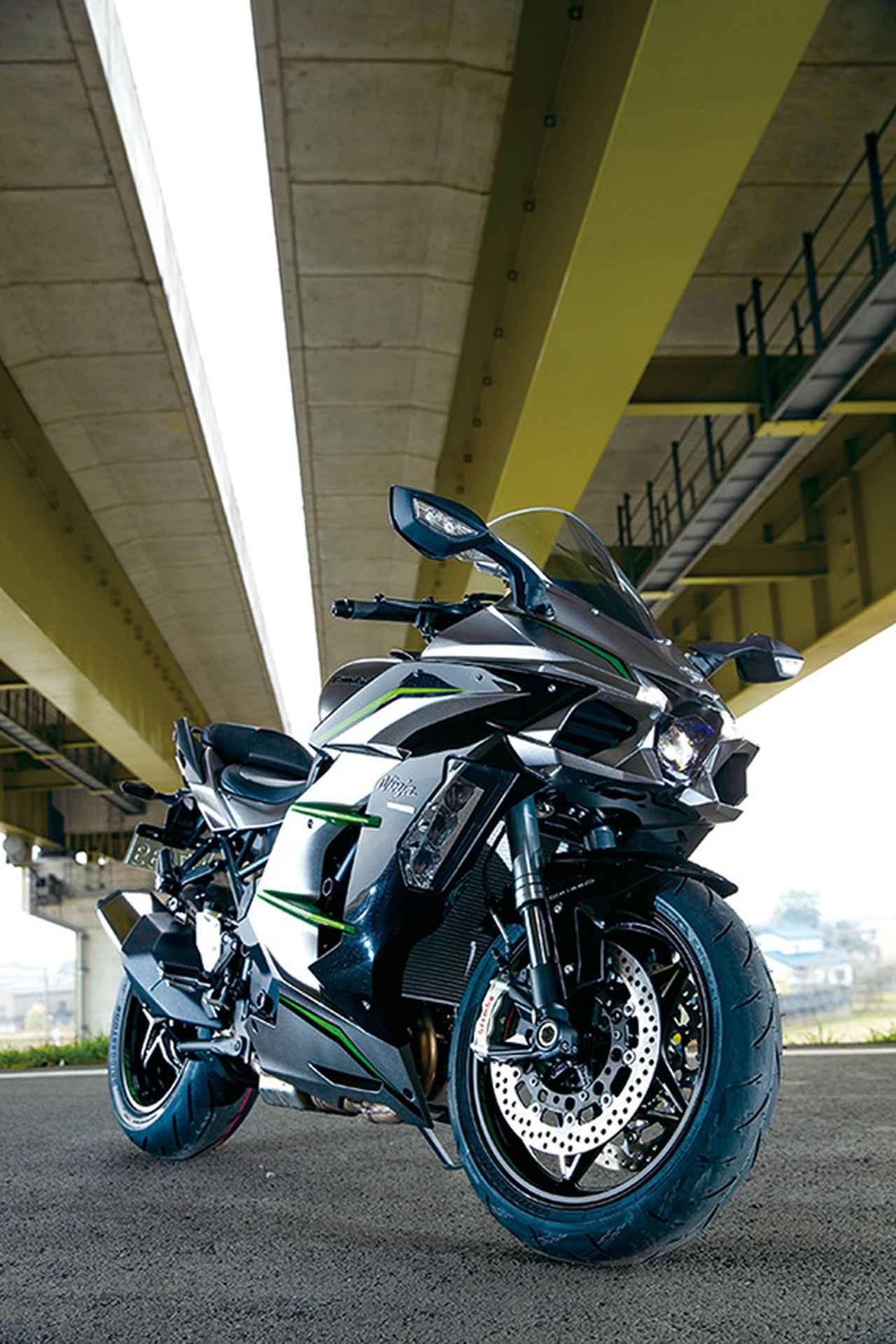 Images : 3番目の画像 - 「〝魔法の足〟を手に入れた極上のハイパフォーマンスツアラー!『KAWASAKI NINJA H2 SX SE+』(2019年)」のアルバム - LAWRENCE - Motorcycle x Cars + α = Your Life.