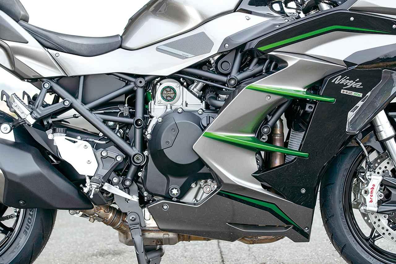 Images : 11番目の画像 - 「〝魔法の足〟を手に入れた極上のハイパフォーマンスツアラー!『KAWASAKI NINJA H2 SX SE+』(2019年)」のアルバム - LAWRENCE - Motorcycle x Cars + α = Your Life.