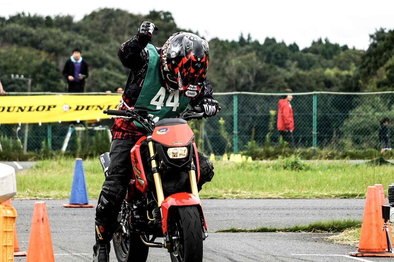 Images : 22番目の画像 - ジムカーナの練習風景 - webオートバイ