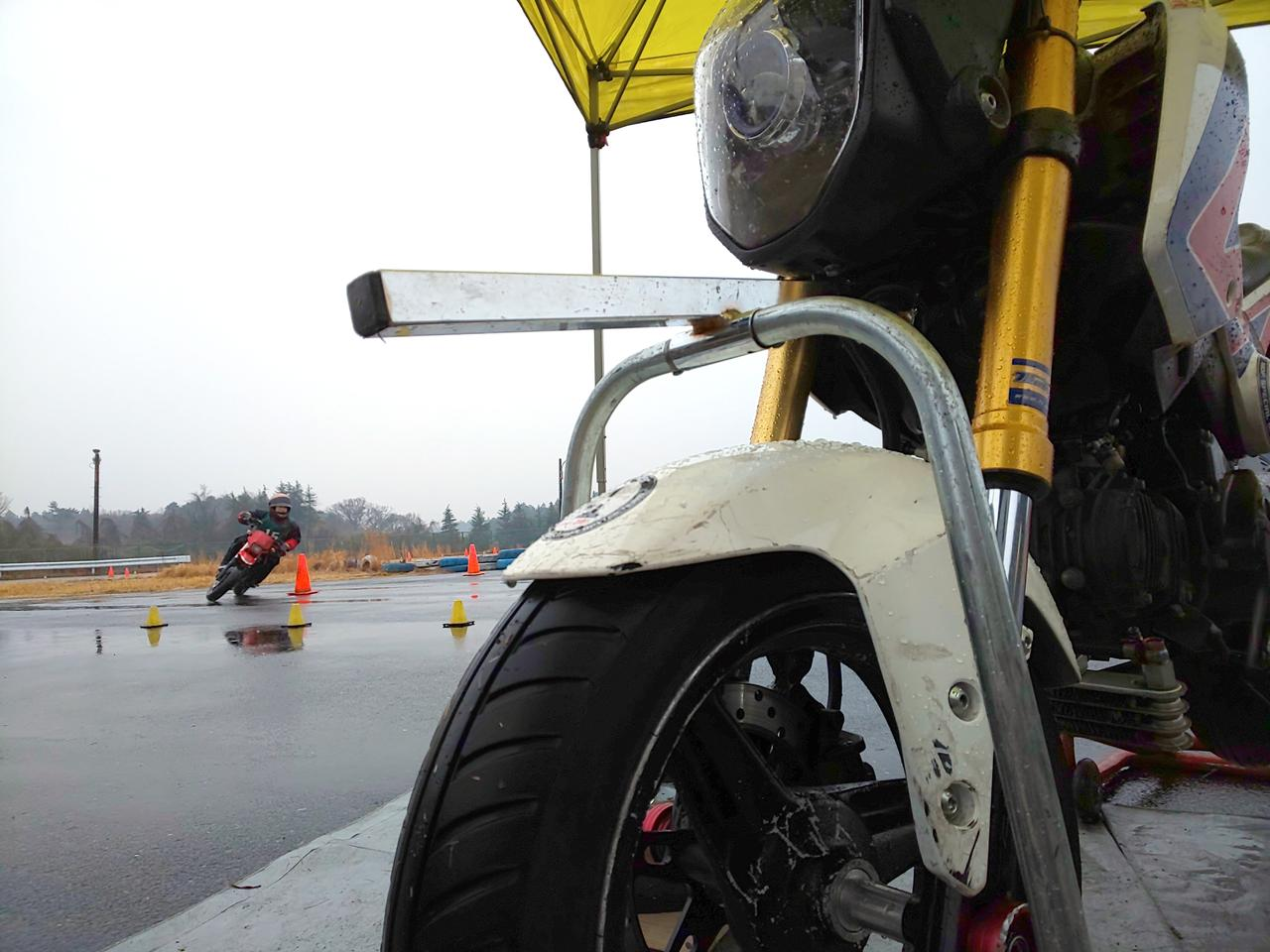 Images : 20番目の画像 - ジムカーナの練習風景 - webオートバイ