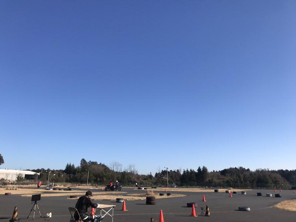 Images : 16番目の画像 - ジムカーナの練習風景 - webオートバイ