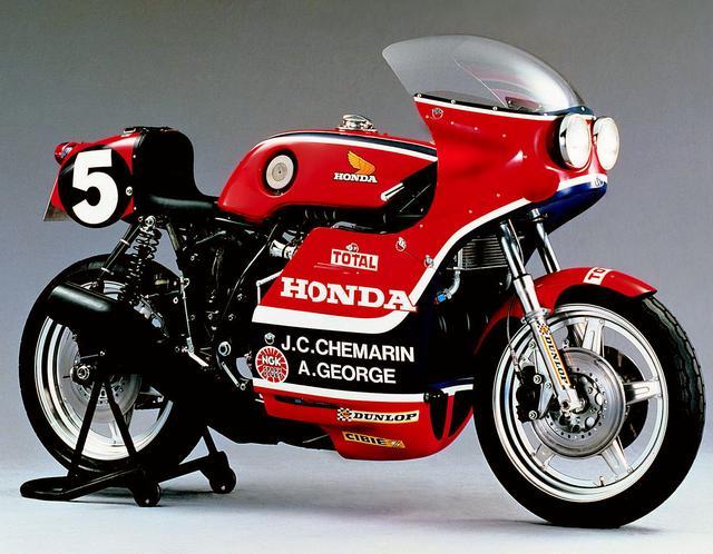 画像: 1976.RCB1000    CB750エンジンはDOHCヘッドに換装・スープアップされた。搭載するRCB1000は76年ヨーロッパ耐久選手権で無類の強さで8戦7勝。メーカーズ/ライダーズチャンピオンを獲得した。