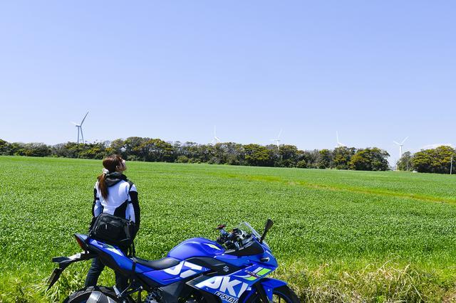 画像1: 葉月美優×SUZUKI GSX250R【オートバイ女子部のフォトアルバム】