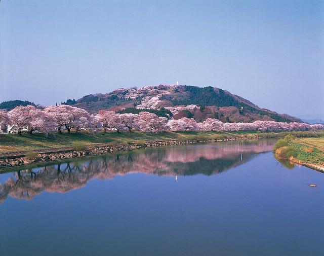 画像: ③宮城県柴田町/船岡城址公園