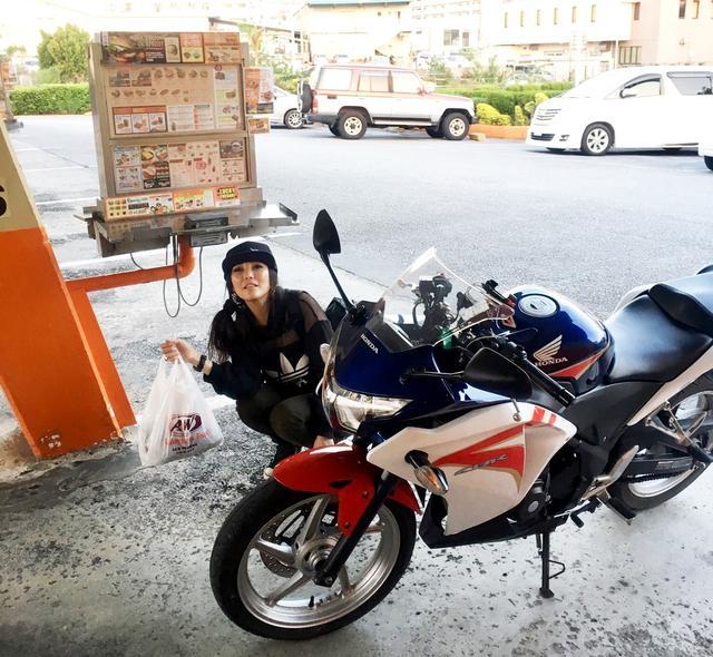 画像12: ということで、【福山理子調べ】沖縄で1番お安いレンタルバイク屋さんにGO!!
