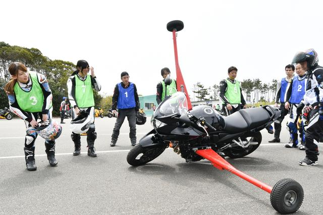 画像2: 北川ライディングスクールの名物「アウトリガー」にチャレンジ!