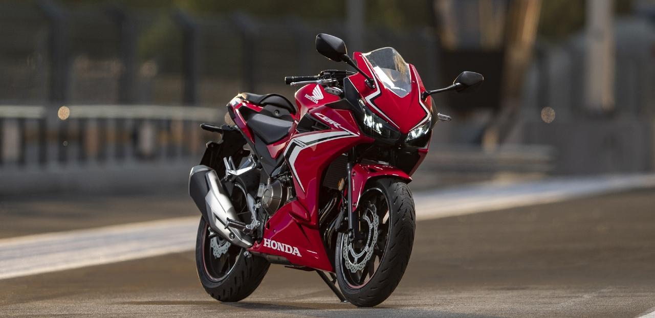 画像: Honda CBR400R