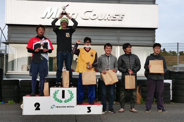 画像: 左から2位・山田史雄選手、1位・伊藤悠志選手、3位・吉岡高広選手、4位・黒瀬裕一郎選手、5位・加賀進一選手、6位・君嶋 進選手