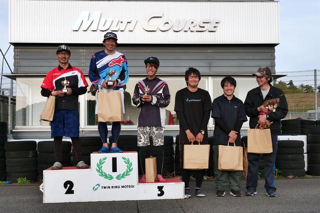 画像: 左から2位・白川晋也選手、1位・小林寿雄選手、3位・小笠原雄一選手、4位・地下和宏選手、5位・井川洋一選手、6位・加藤裕治選手