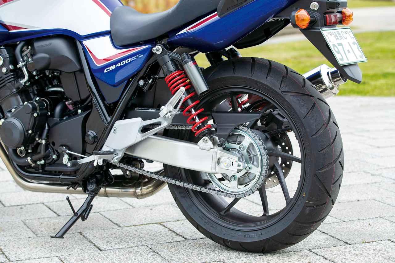 Images : 6番目の画像 - 「ニッポンが誇る400の王様!『HONDA CB400SF/SB』#今買える最新400スポーツ」のアルバム - webオートバイ